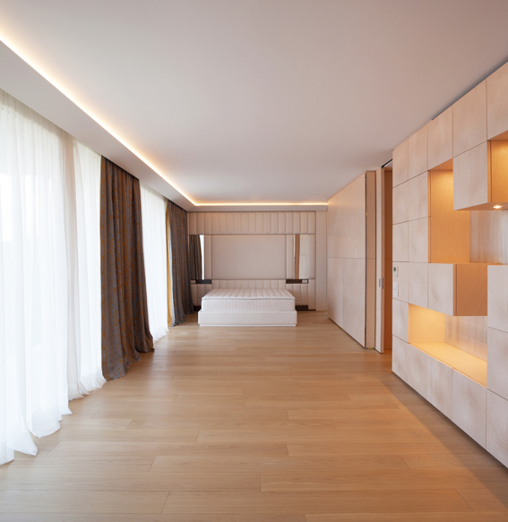 Minimal geometrical queen size bedroom